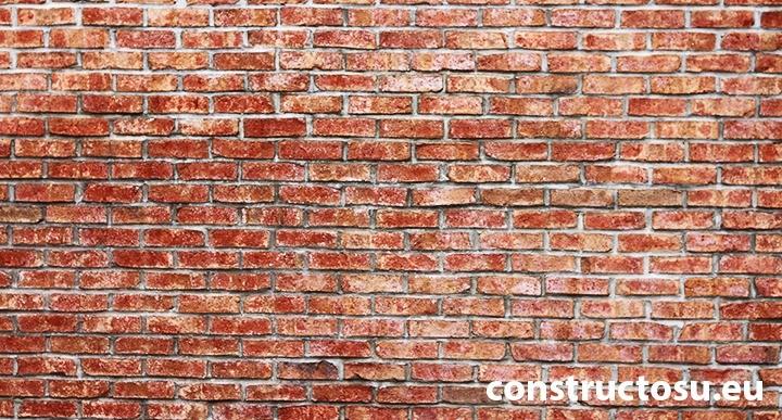 Pierderea în greutate a peretelui de cărămidă