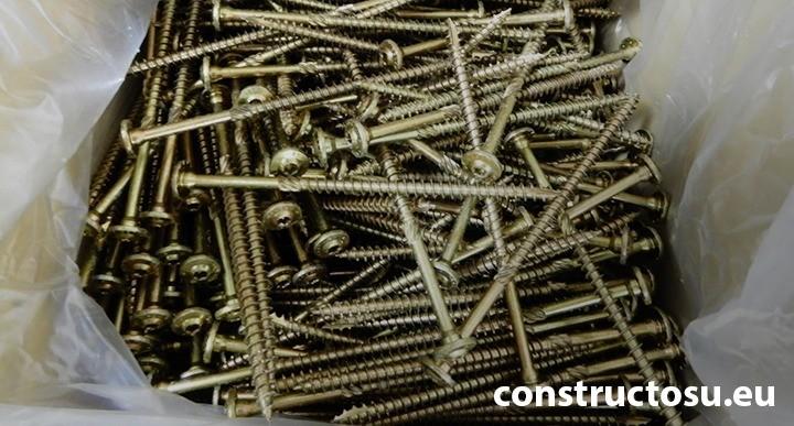 șuruburi autofiletante structurale pentru dulapi de lemn