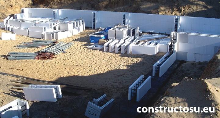 Cofraj de beton din polistiren expandat